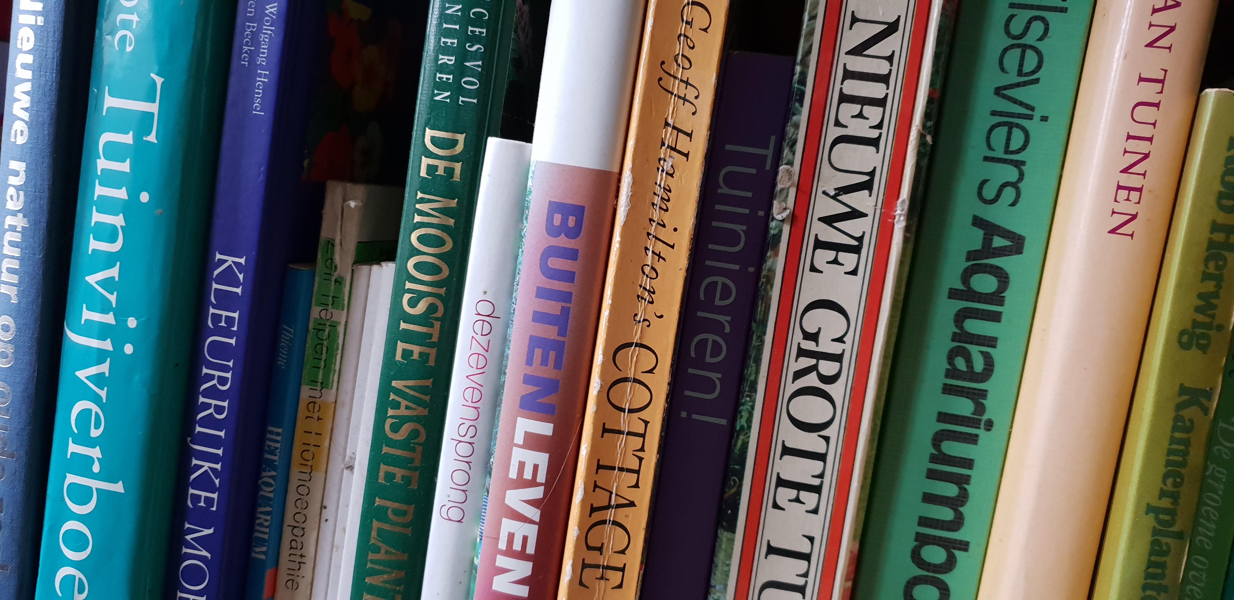 Oude planten boeken
